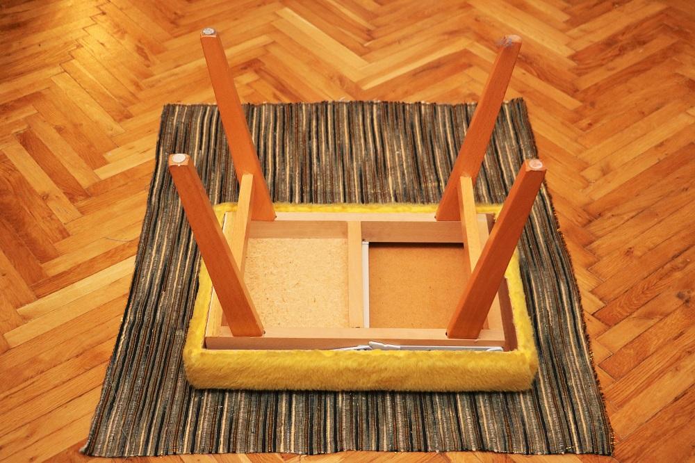 Treppenhocker 4