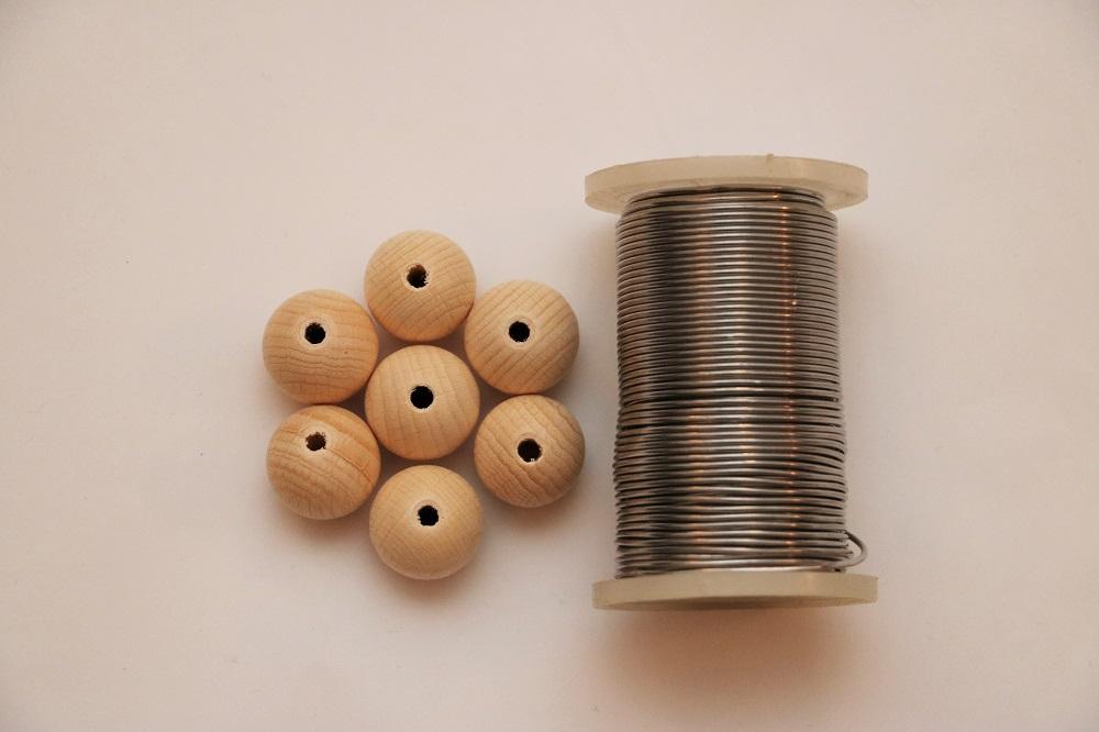 Holzkugelkerzen Material