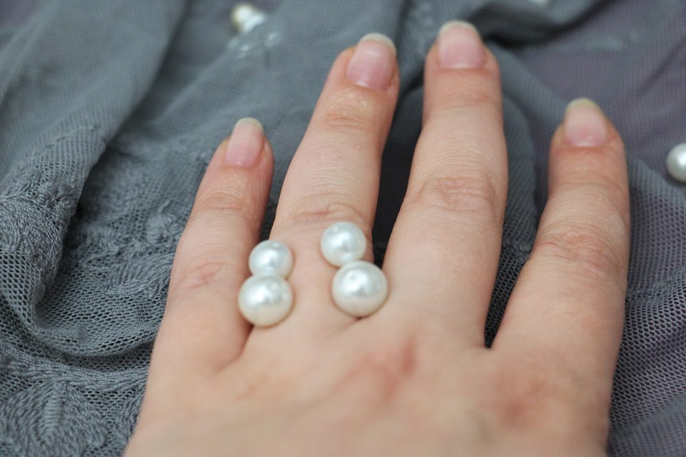 Perlenring 2
