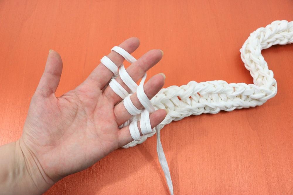 Fingerstricken: so funktioniert's