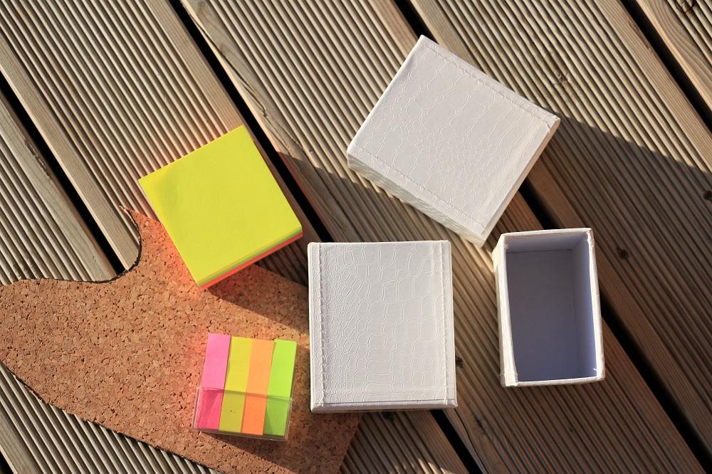 diy schreibtisch organizer do iteria. Black Bedroom Furniture Sets. Home Design Ideas