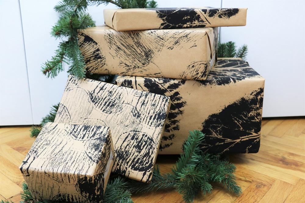 Geschenkpapier mit Naturmaterialien